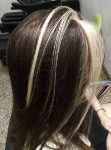 Corte de cabello y mechas