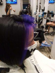 coloración y corte de cabello corto juvenil-vista derecha