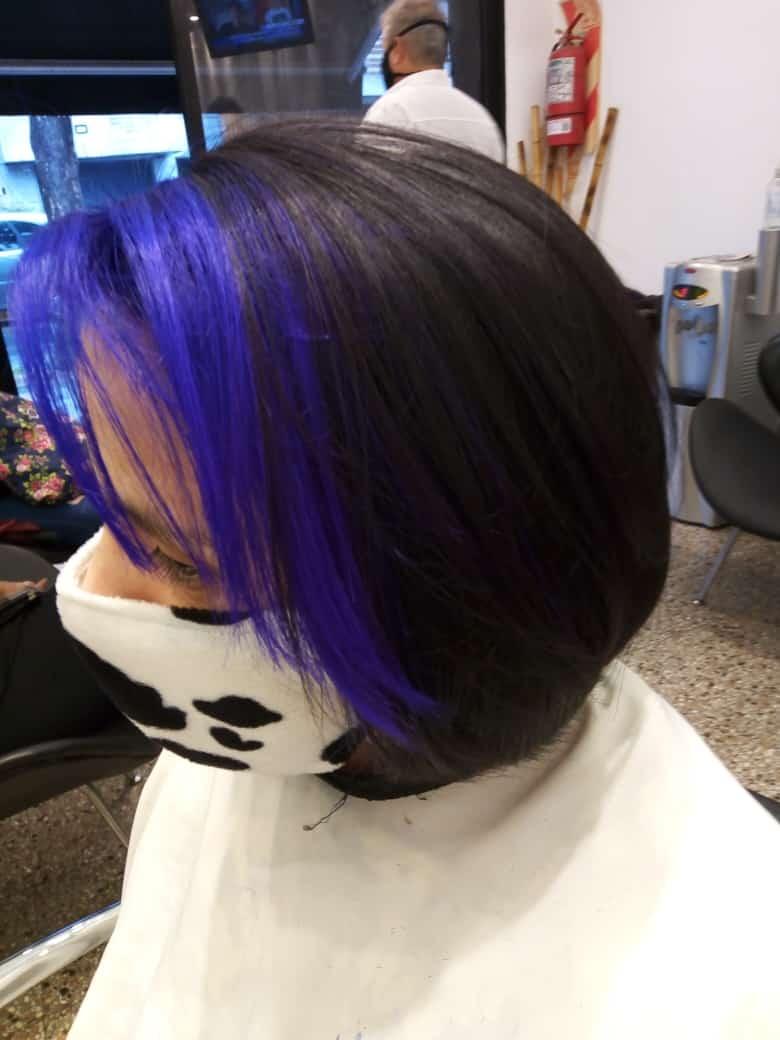 Mechas - color negro con mechas violetas
